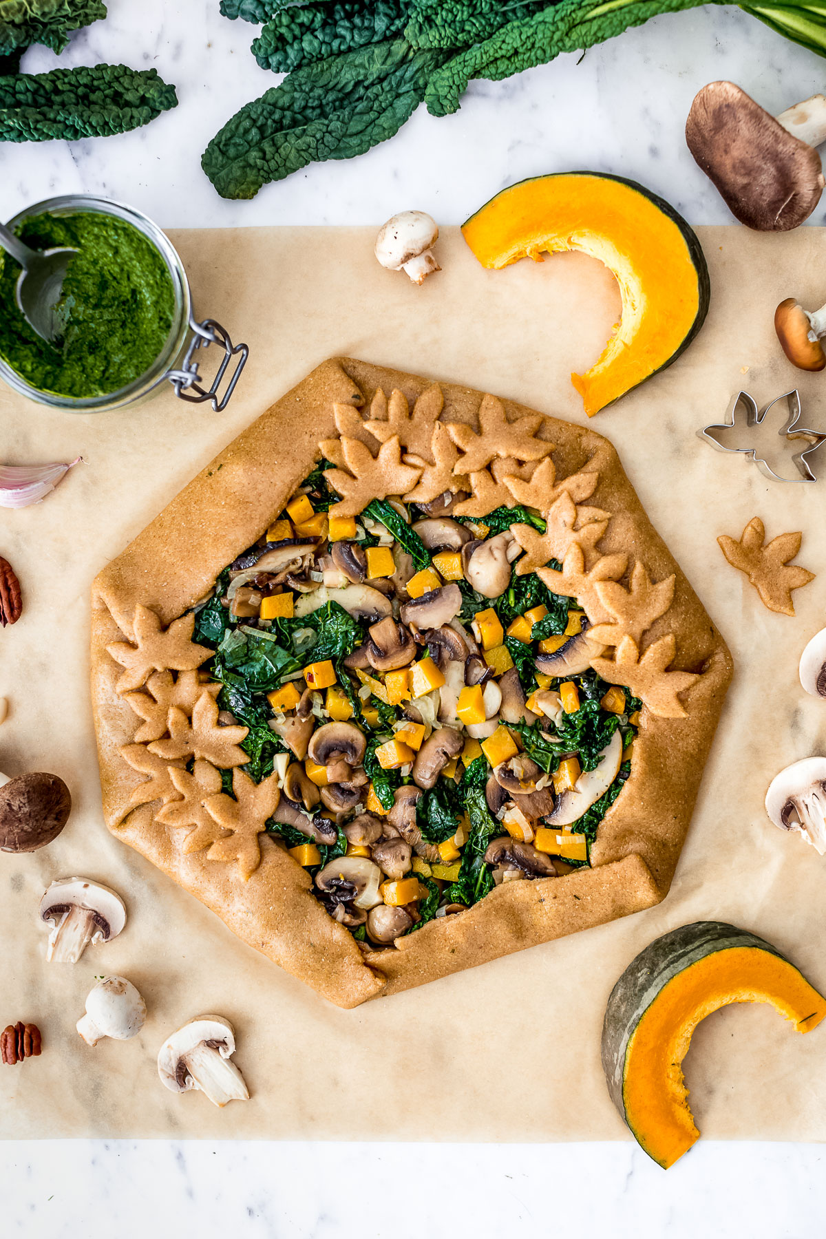 VEGAN Mushroom #PUMPKIN GALETTE with kale pesto and vegetables Torta salata zucca e funghi vegan con verdure e pesto di cavolo nero