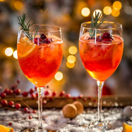 WINTER HOLIDAY CHRISTMAS SPRITZER recipe with cranberry orange juice Ricetta SPRITZ di NATALE con succo di arance e cranberry mirtilli rossi APERITIVO #CHRISTMAS