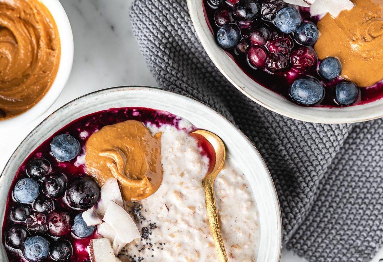 how to make the perfect blueberry steel cut oats recipe #oatmeal #porridge come fare il porridge di avena in chicchi perfetto