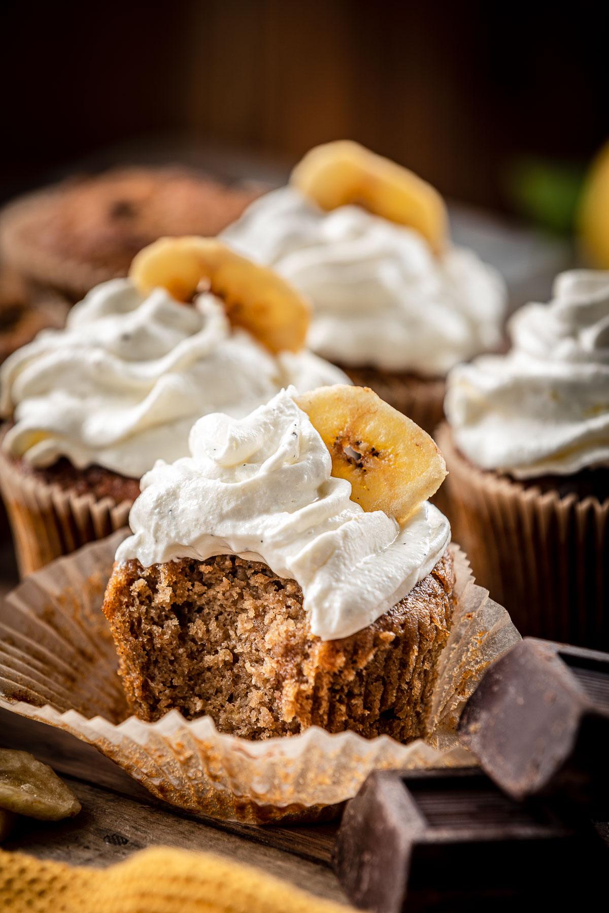 chocolate chip gluten-free VEGAN BANANA CUPCAKES recipe ricetta CUPCAKES VEGAN alla BANANA senza glutine con cioccolato