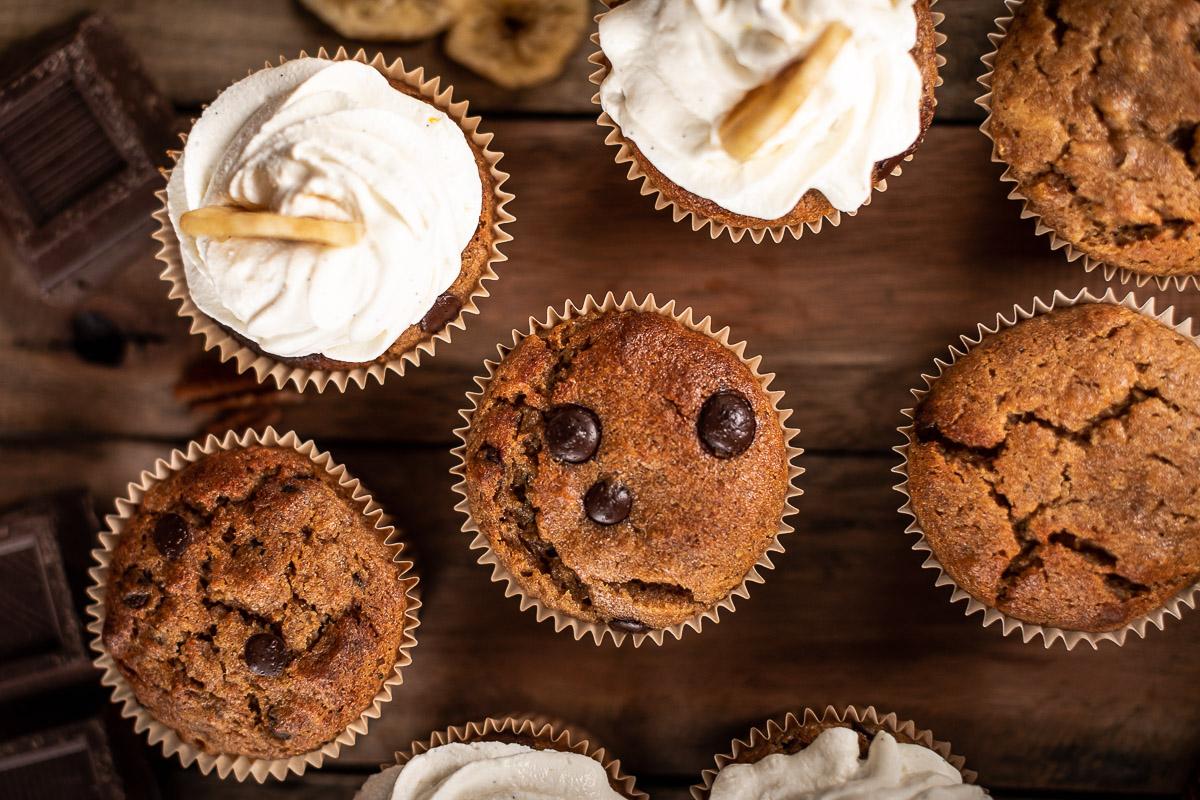 healthy chocolate chip gluten-free VEGAN BANANA CUPCAKES CUPCAKES VEGAN alla BANANA ricetta senza glutine al cioccolato