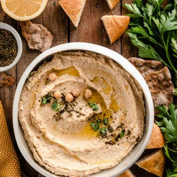 how to make the best creamy hummus recipe with tahini zaatar ricetta hummus di ceci originale cremoso con tahina