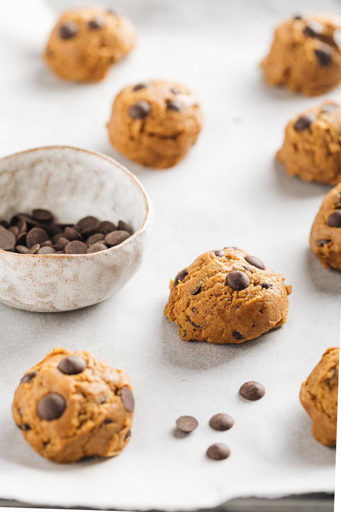 come preparare la ricetta dei COOKIES alla ZUCCA e CIOCCOLATO Vegan how to make healthy VEGAN PUMPKIN CHOCOLATE CHIP COOKIES senza uova senza burro