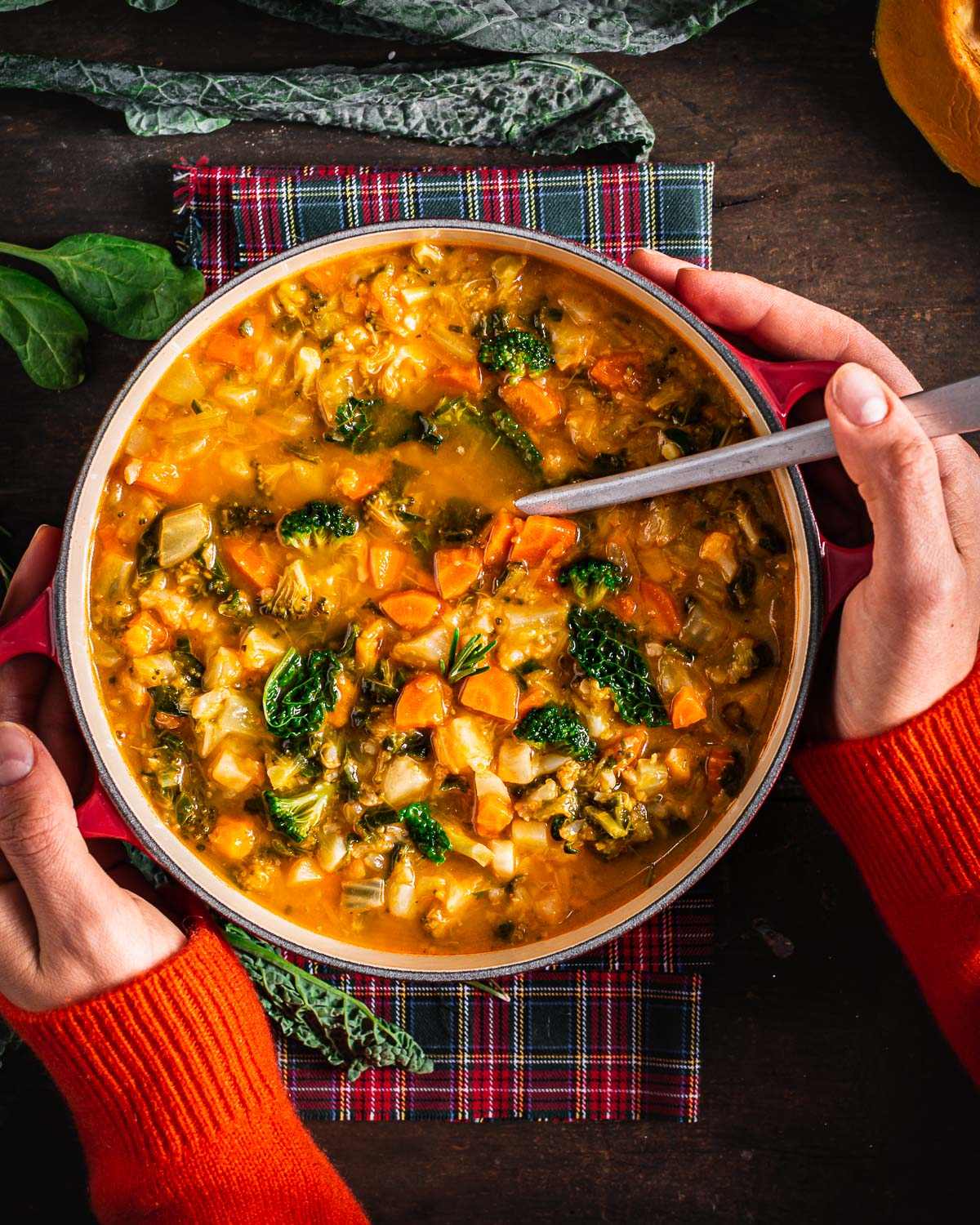 Italian healthy fall minestrone soup recipe autumn vegetable soup ricetta minestrone di verdure autunnale con zucca cavolo toscano zuppa di verdure