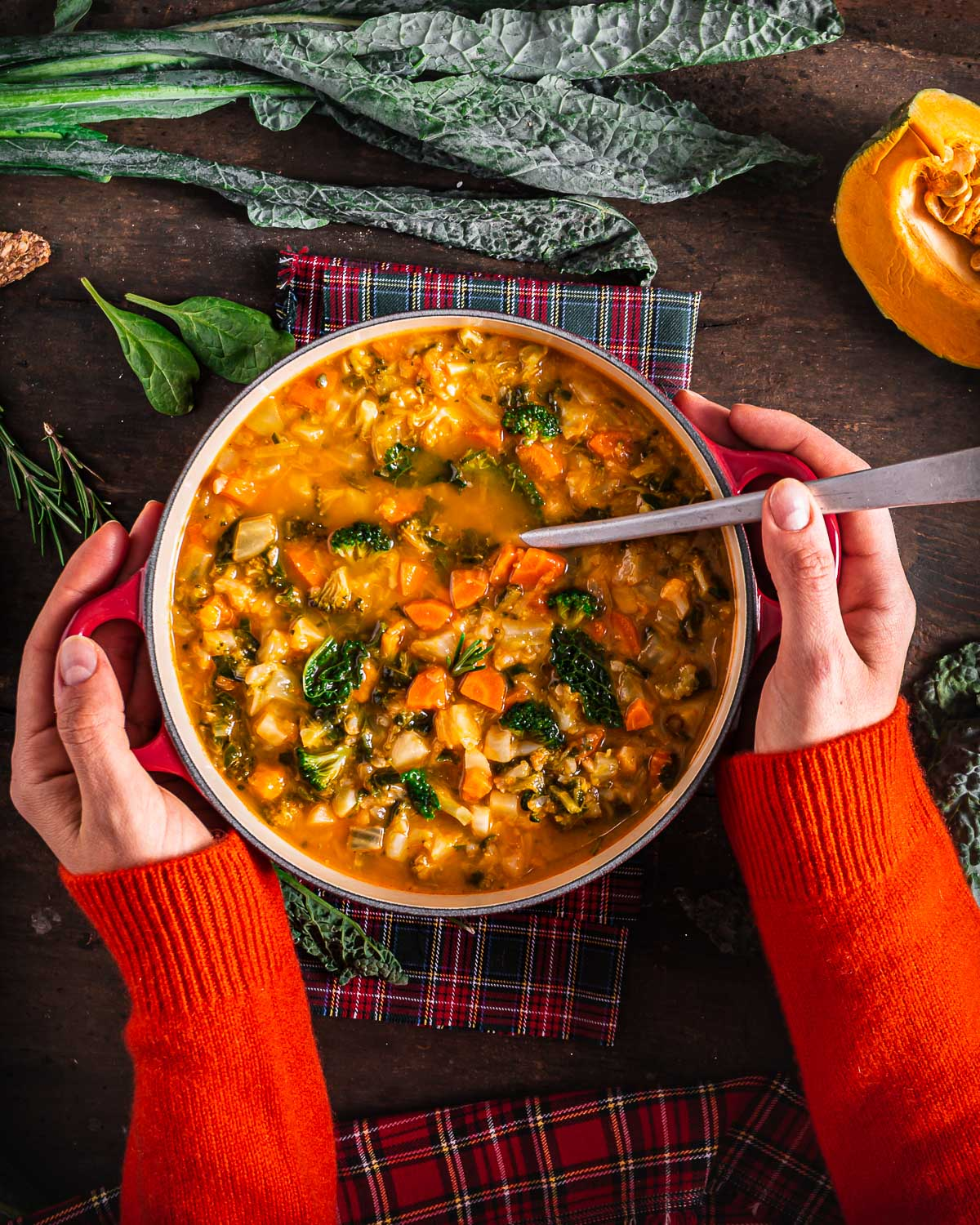 Italian healthy fall minestrone soup recipe hearty autumn vegetable soup ricetta minestrone di verdure autunnale con zucca cavolo toscano zuppa di verdure