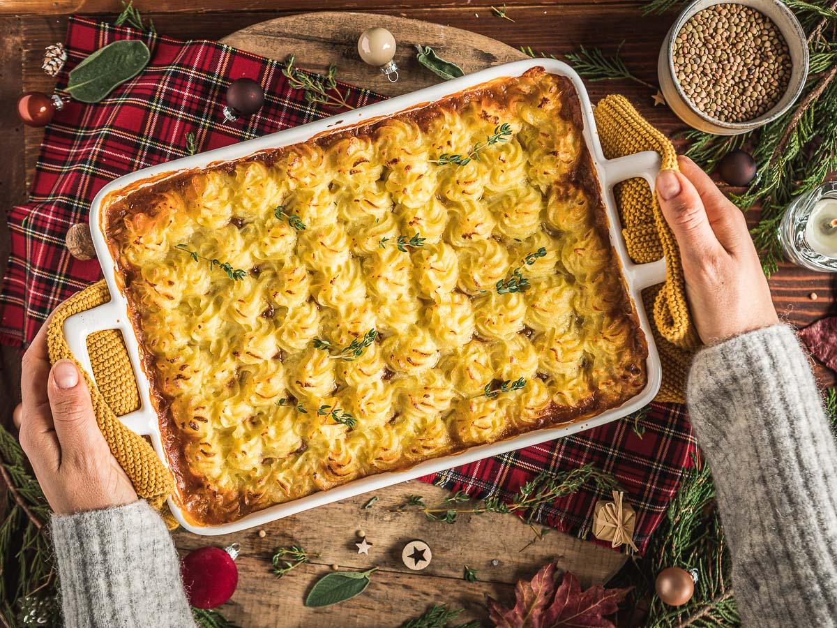 Shepherd's Pie vegan di lenticchie con ragù di lenticchie funghi e purè di patate per Inverno Natale healthy lentil shepherds pie for Thanksgiving #glutenfree-14