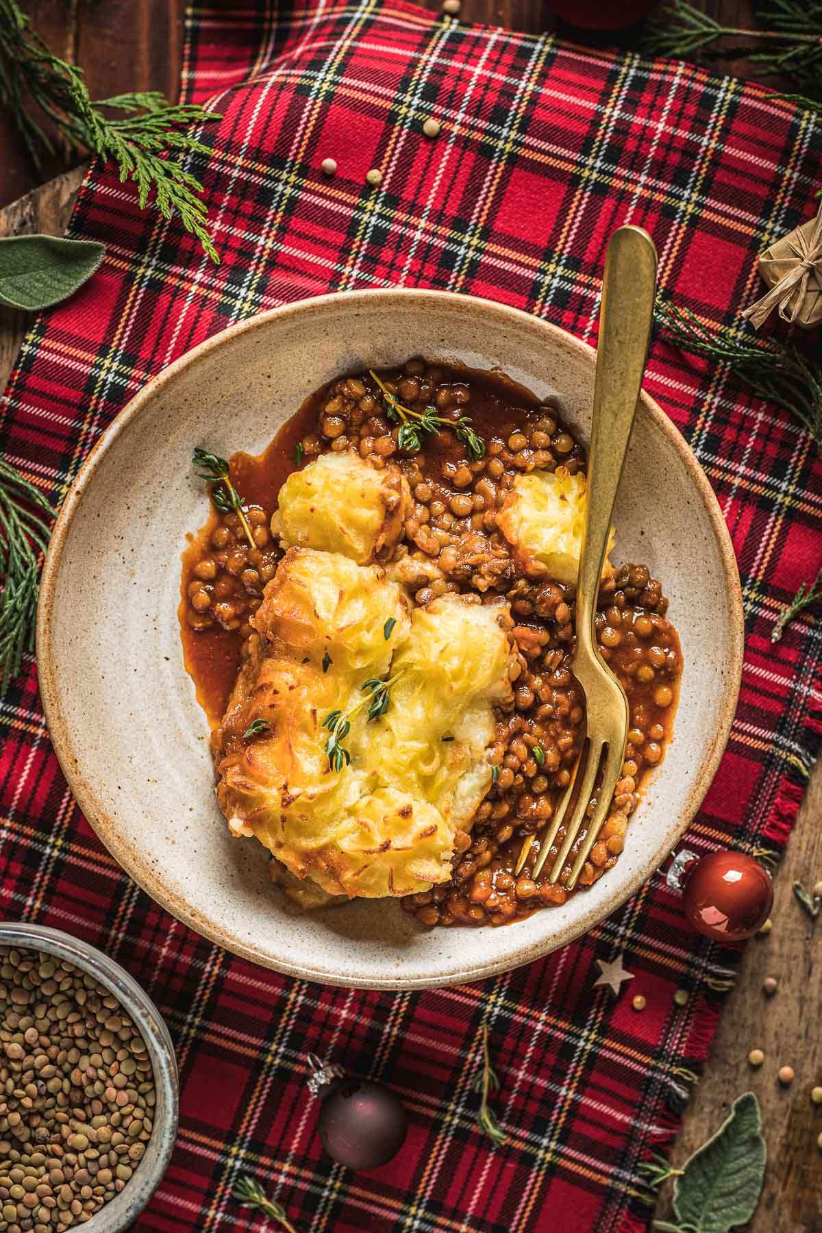healthy Vegan Shepherd's Pie recipe with lentil ragu for Thanksgiving ricetta di Natale Shepherd's Pie vegana di lenticchie con ragù di lenticchie funghi #glutenfree