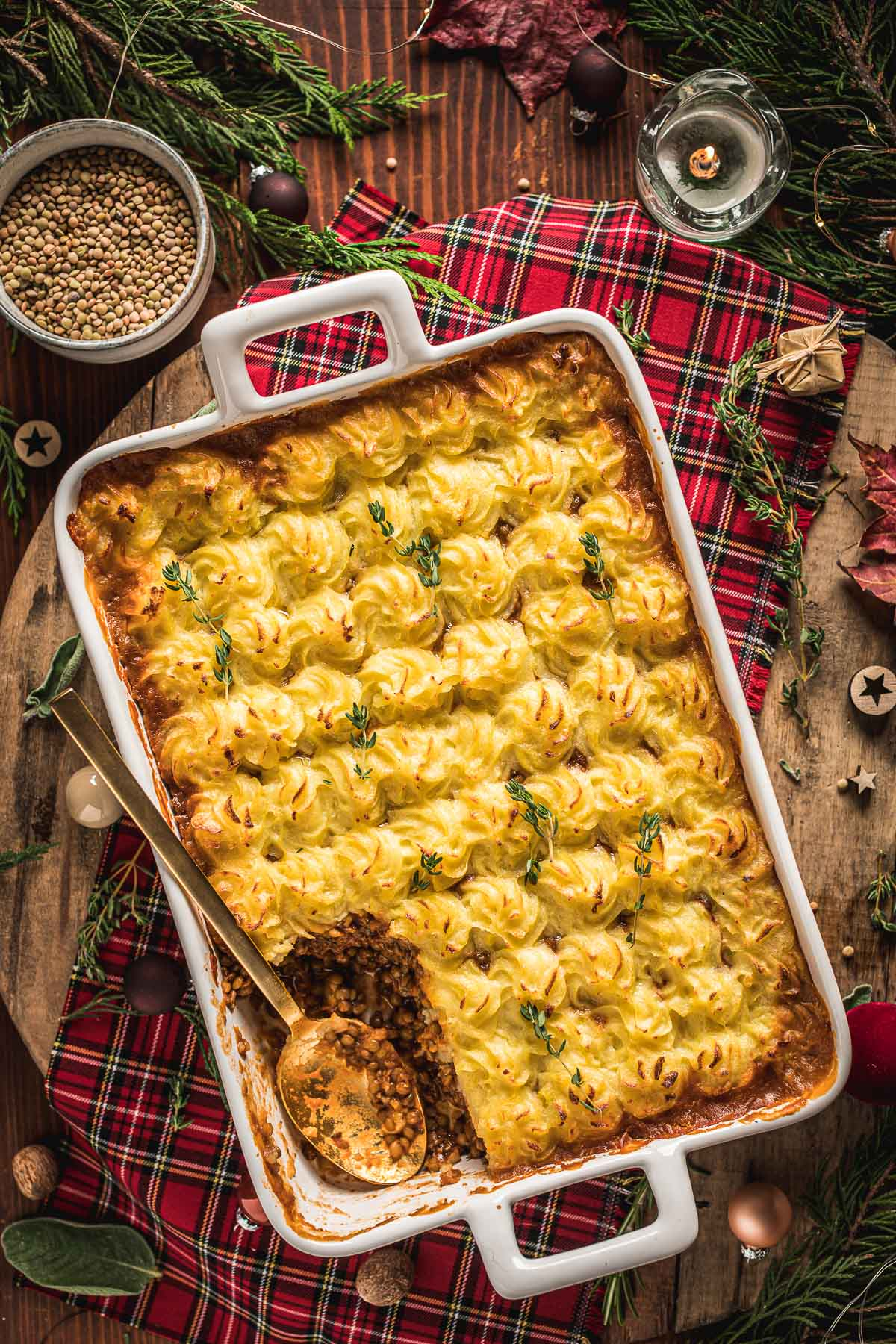 healthy Vegan Shepherd's Pie recipe with lentil ragu for Thanksgiving ricetta di Natale Shepherd's Pie vegana di lenticchie con ragù di lenticchie funghi