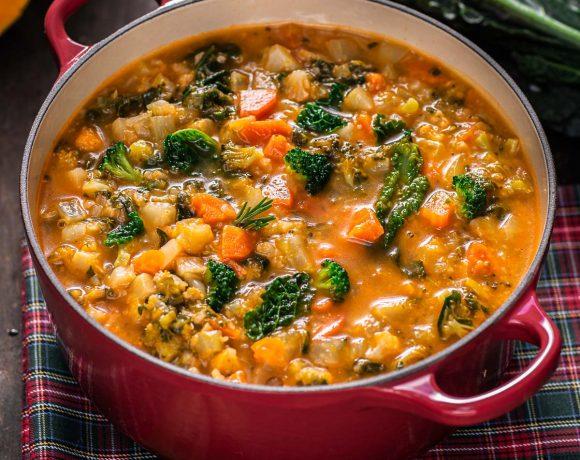 minestrone di verdure autunnale invernale zuppa di verdure Italian pumpkin cavolo hearty fall minestrone soup autumn soup