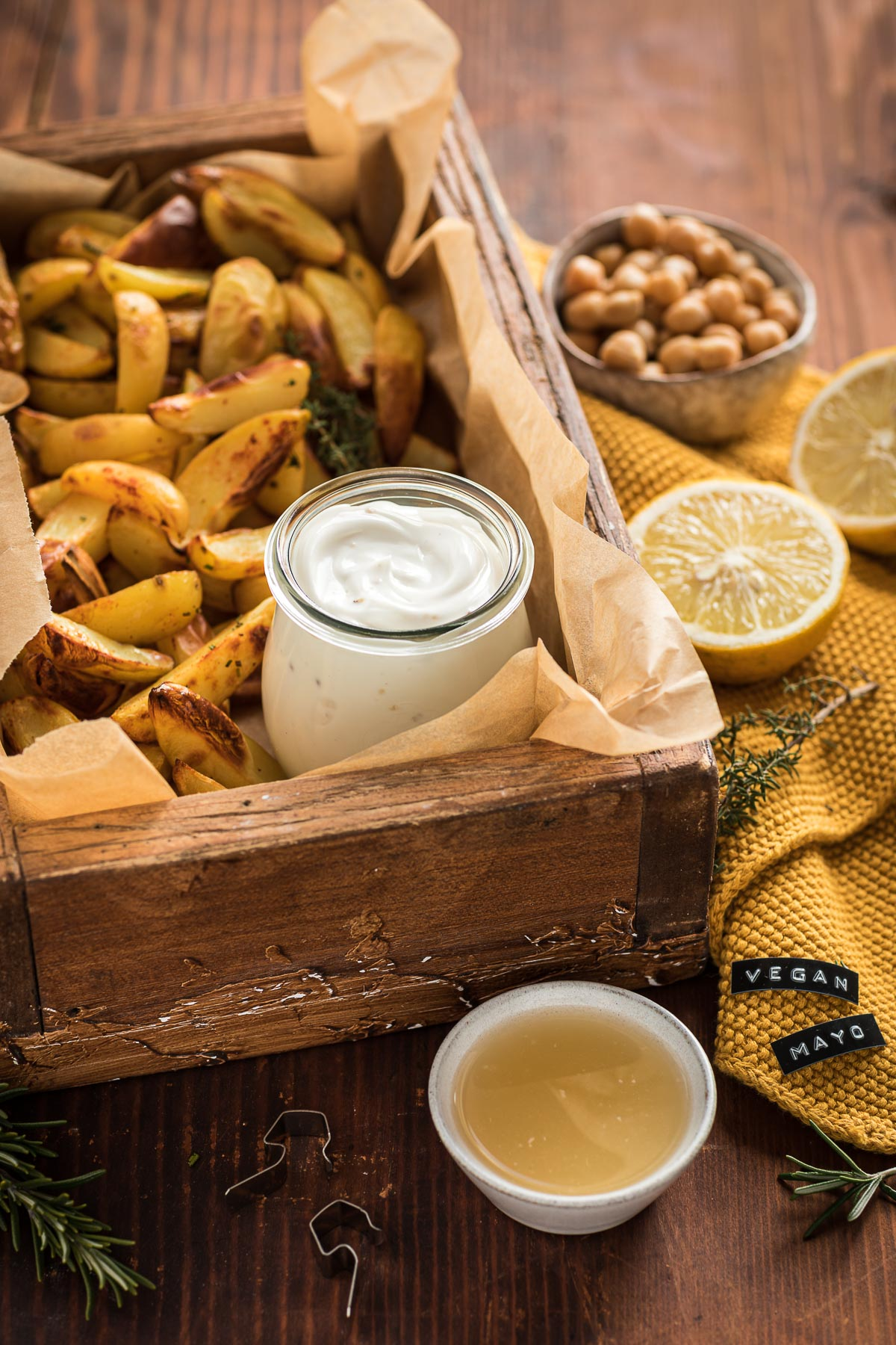 come fare la maionese vegana di aquafaba senza uova senza soia 2 minuti con patate al forno easy vegan mayonnaise with aquafaba soy-free mayo ready in 2 minutes with baked potatoes