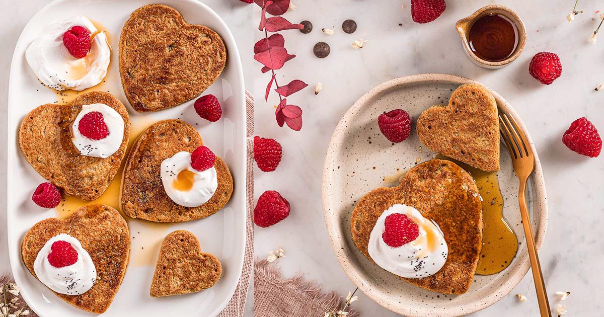 ricetta Pancakes di San Valentino pancakes vegan senza glutine senza uova all'avena e cioccolato Easy gluten-free vegan oat pancakes valentine's day pancakes nut-free recipe FB
