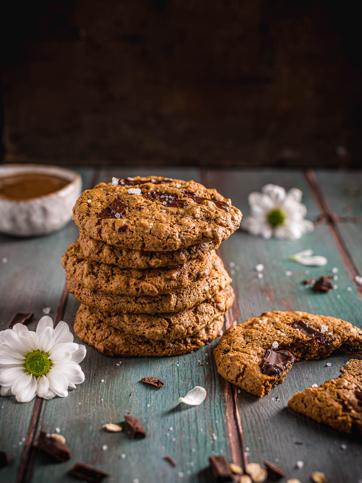 how to make Healthy Vegan Oatmeal Chocolate Chip Cookies recipe come fare Cookies vegani senza glutine al cioccolato senza zucchero raffinato integrali photography