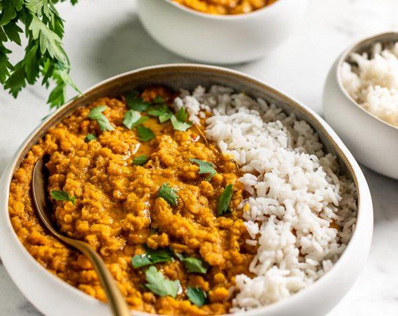 Indian red lentil Dal Masoor Dal Tadka with basmati rice ricetta Dahl di lenticchie rosse e riso basmati vegan gluten-free