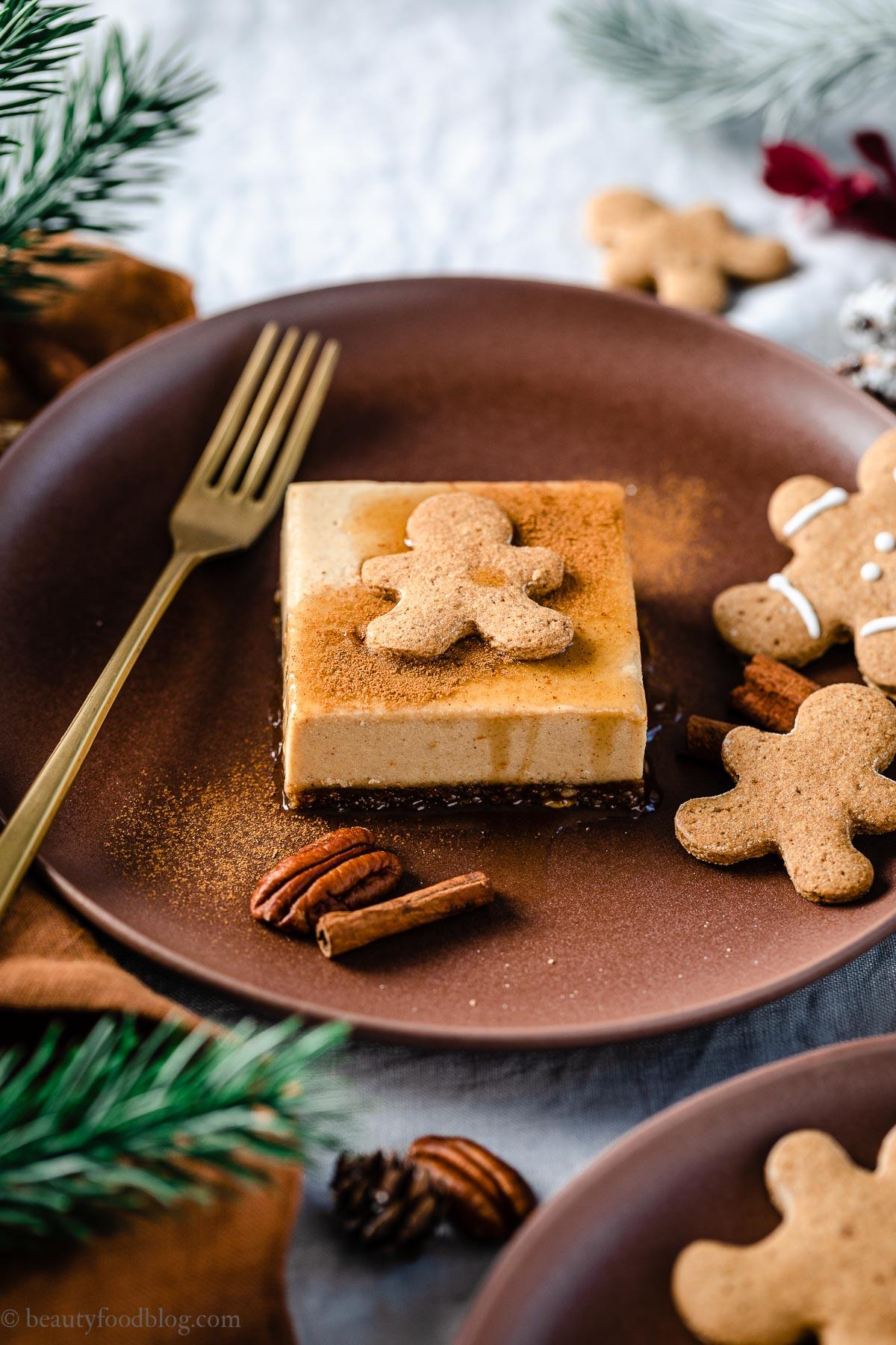 ricetta cremosa cheesecake al pan di zenzero senza cottura creamy vegan no-bake gingerbread cheesecake gluten-free