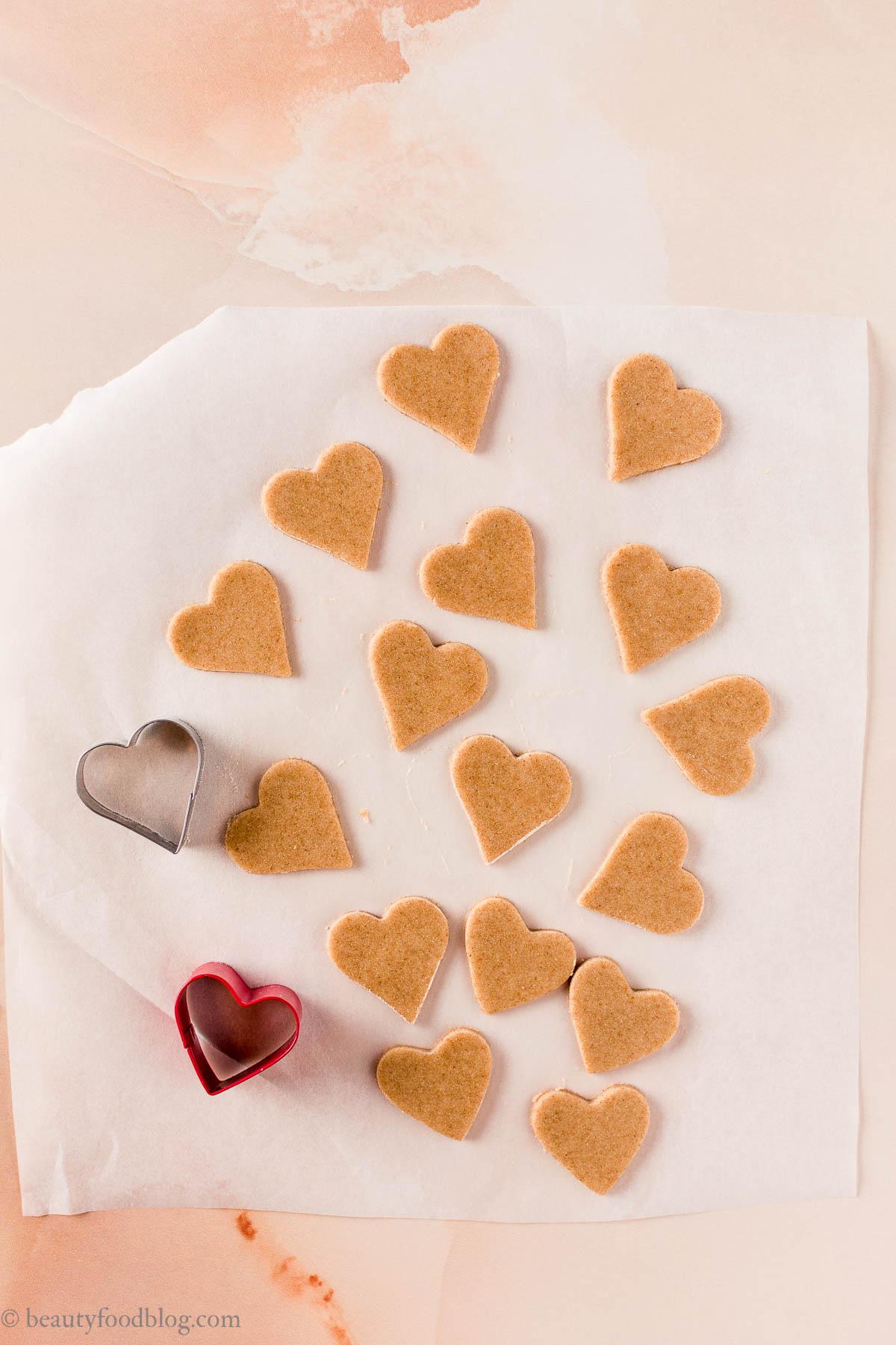 come fare i biscotti di pasta frolla vegana senza uova senza burro integrali con sciroppo d'acero e olio di cocco frollini vegan how to make healthy vegan shortbread cookies