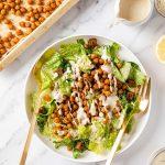 insalata CAESAR SALAD VEGANA ai CECI senza glutine Chickpea Vegan Caesar Salad recipe and vegan caesar dressing gluten-free