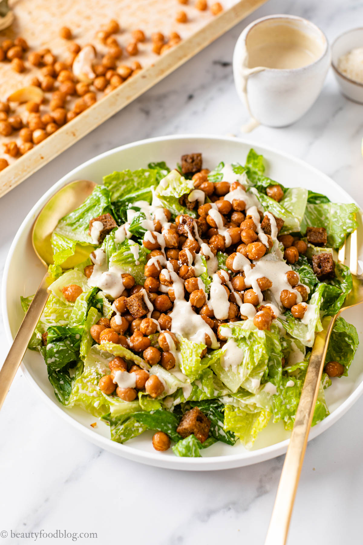 ricetta insalata CAESAR SALAD VEGANA ai CECI Chickpea Vegan Caesar Salad recipe vegan caesar dressing gluten-free