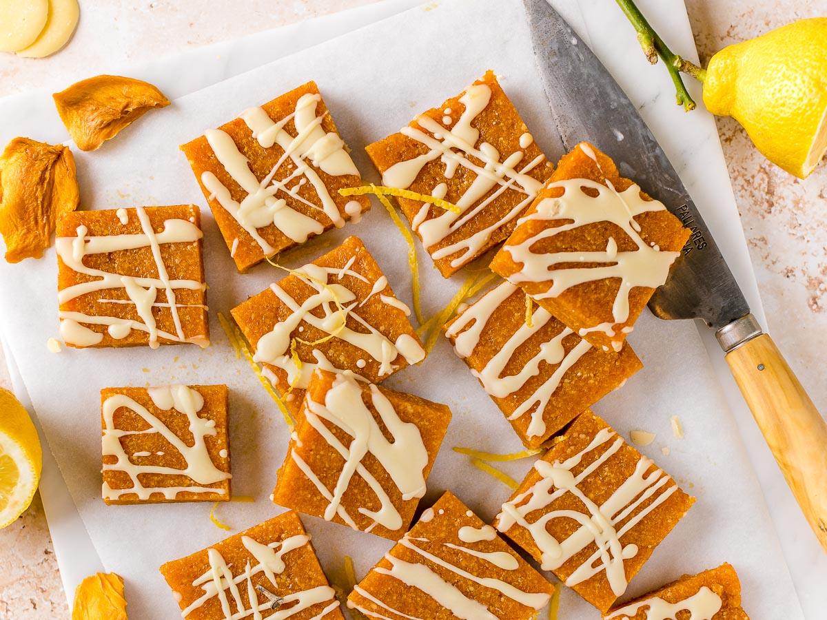 ricetta barrette energetiche alle albicocche senza zucchero apricot almond energy bars sugar free with mango