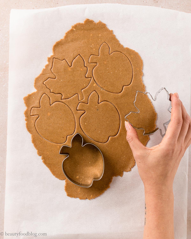 come fare i Biscotti Autunnali Senza Burro Senza Glutine vegani mele e sciroppo d'acero how to make gluten-free vegan maple cookies with applesauce shortbread cookies recipe