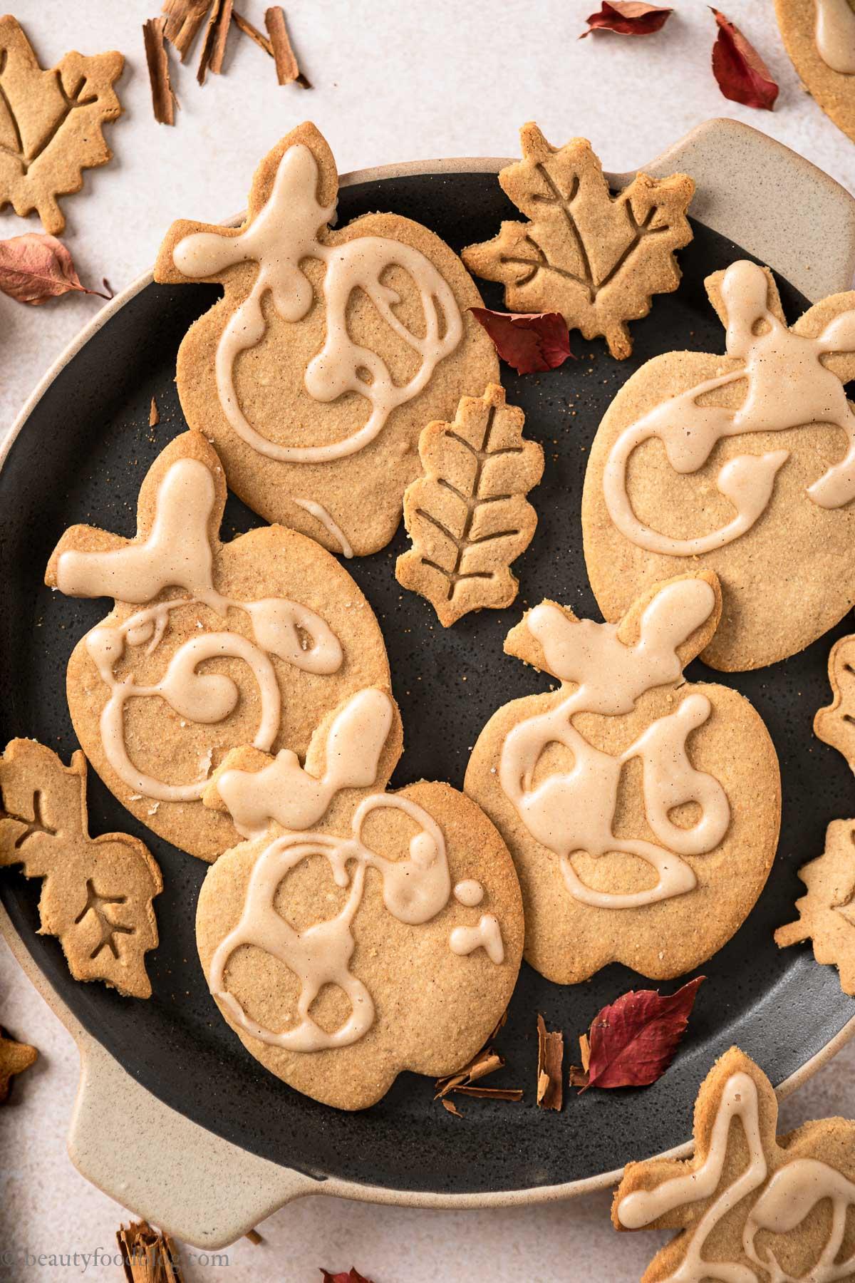 gluten-free vegan maple cookies with applesauce with maple glaze recipe ricetta Biscotti Autunnali Senza Burro Senza Glutine vegan alle mele e sciroppo d'acero
